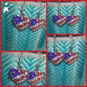 Silver American Flag Heart EARRINGS (NWT)🇺🇸